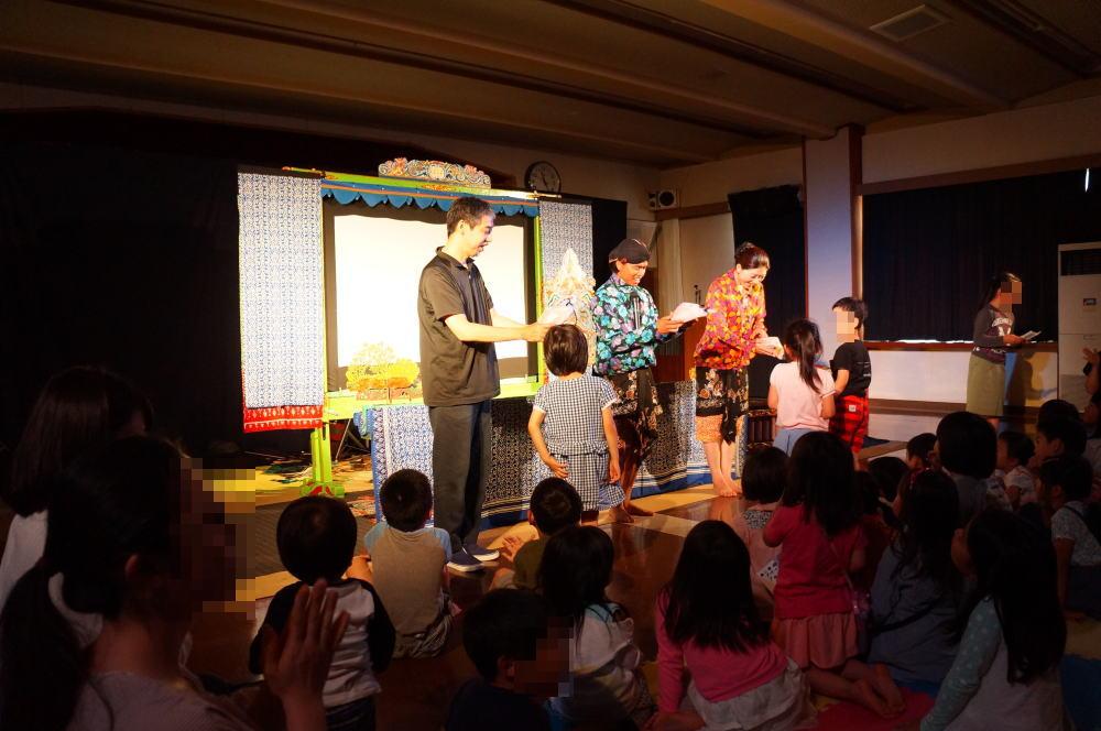 影絵音楽団くぷくぷが富山に来たぞい。